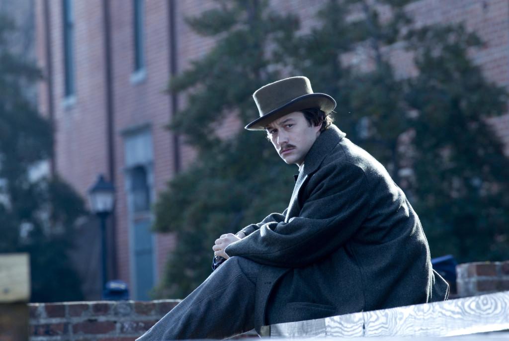 "Joseph Gordon-Levitt stars as Robert Lincoln, the 21 year old son of President Abraham Lincoln in this scene from director Steven Spielberg's drama ""Lincoln."" ©Dreamworks II Distribution Co./20th Century Fox. CR: David James."