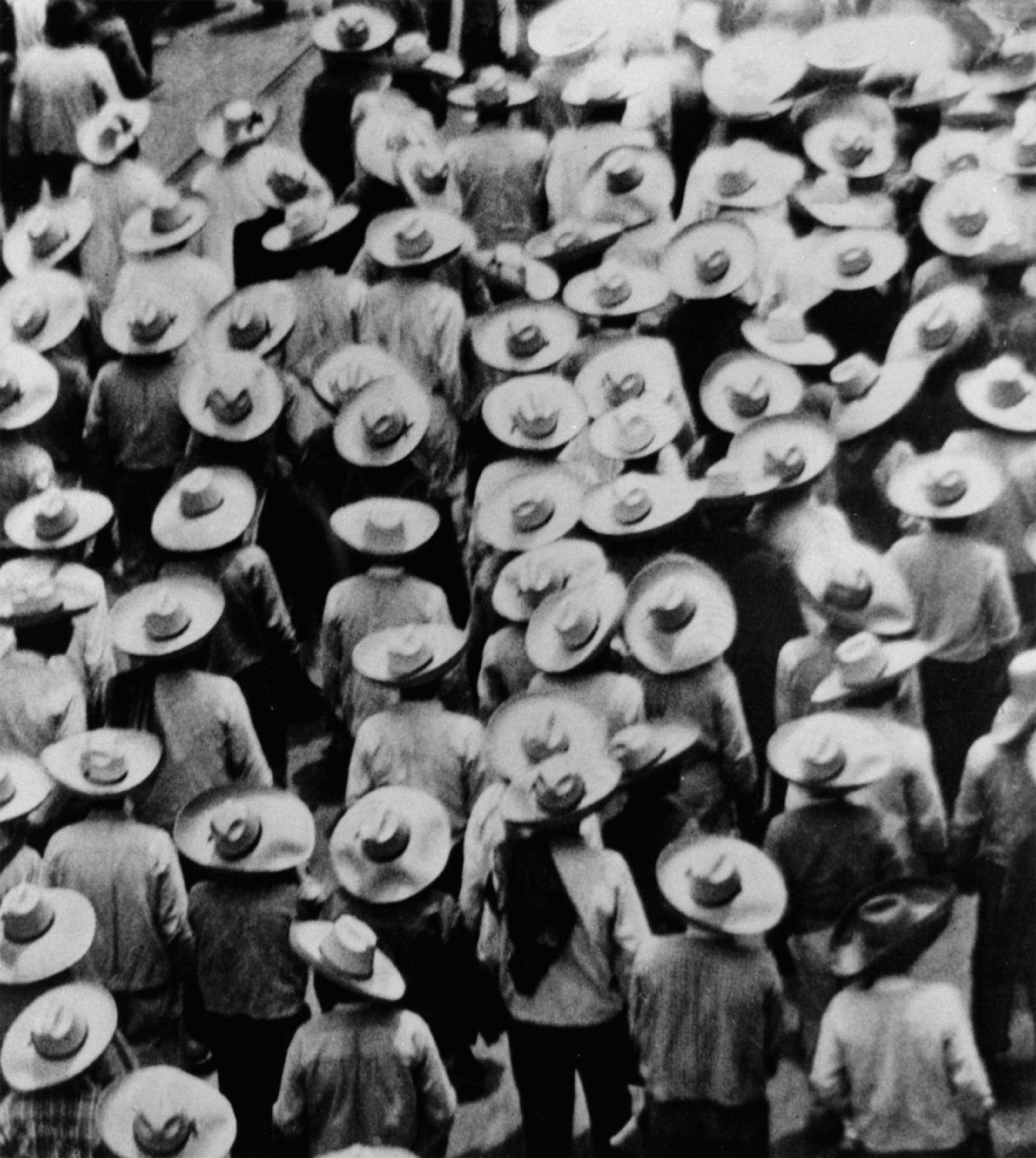 Tina Modotti - Workers Parade - 1926