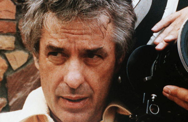 TITLE: CASSAVETES, JOHN • PERS: CASSAVETES, JOHN • YEAR: 1982 • REF: XCA071AB • CREDIT: [ THE KOBAL COLLECTION ]