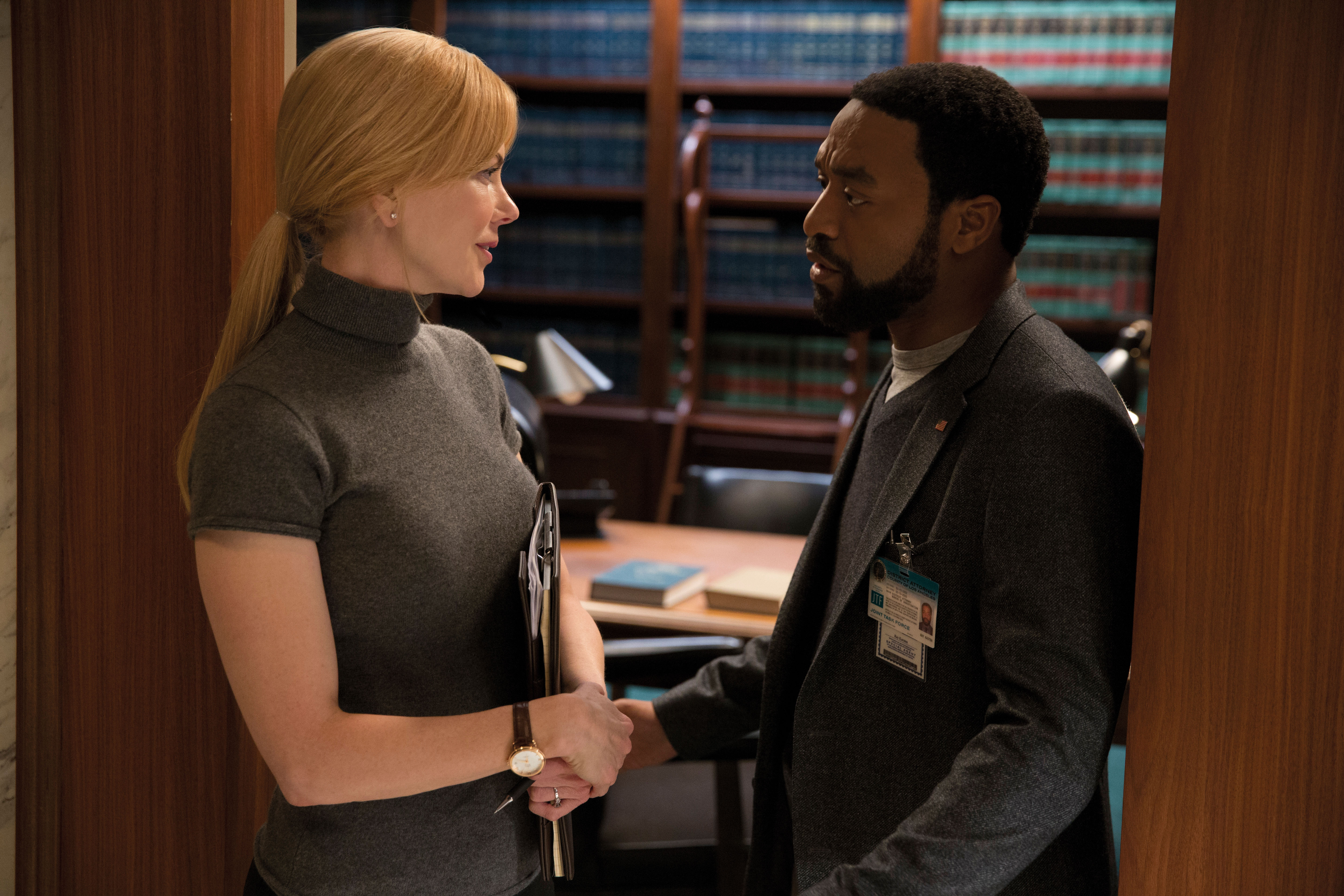 (L-R) NICOLE KIDMAN and CHIWETEL EJIOFOR star in SECRET IN THEIR EYES.